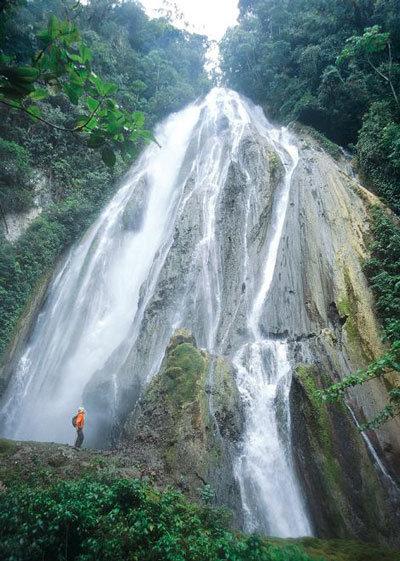 64 1 - Perú, espectáculo de agua en estado puro