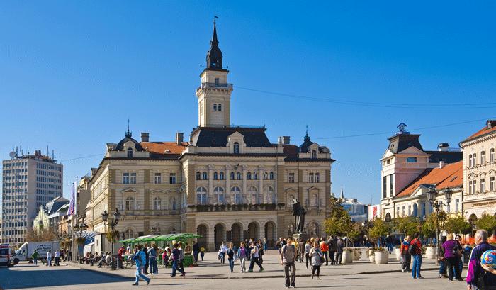 Ayuntamiento-de-Novi-Sad 9713