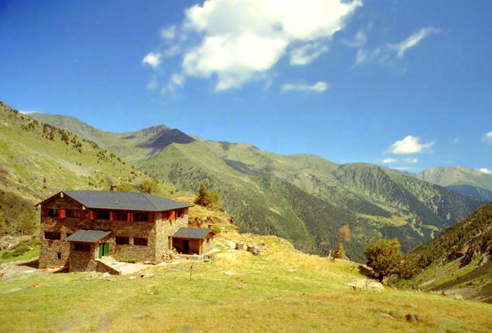 Parque Natural del comapedrosa 1 - Andorra, pequeño y majestuoso gigante verde