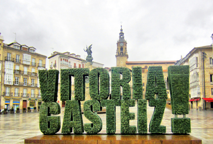 Vitoria Gasteiz logo  1 - Ruta por los palacios renacentistas de Vitoria-Gasteiz