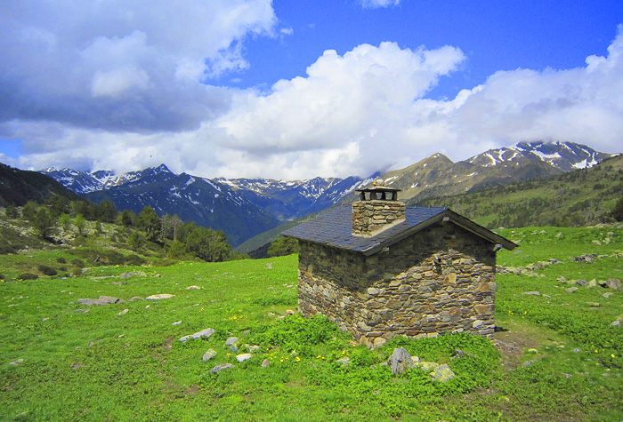 andorra valles 1 - Andorra, pequeño y majestuoso gigante verde