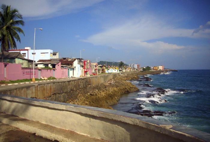 baracoa el malecon 1 - Baracoa, la ciudad primada de Cuba