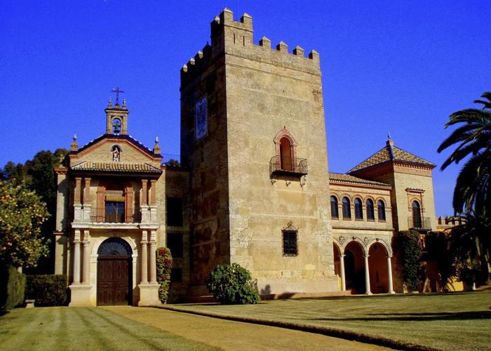 castillo de la monclova 1 - Sevilla, descúbrela palmo a palmo