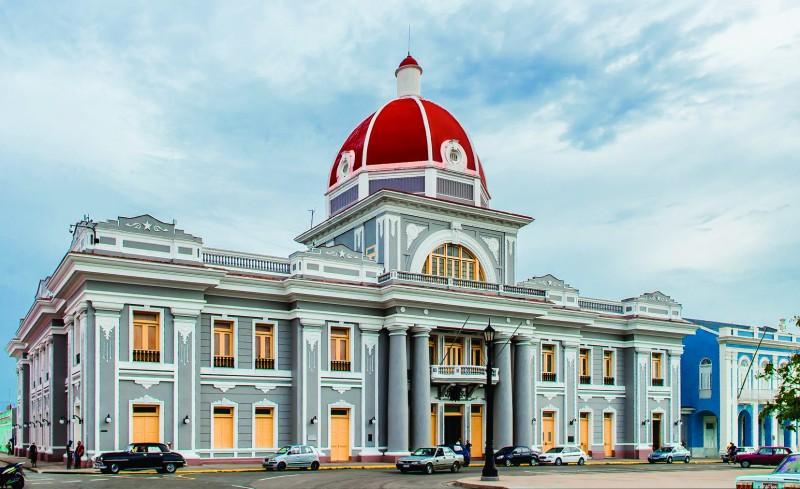 """cienfuegos teatro - Cienfuegos """"la ciudad que a mí más me gusta de Cuba"""""""