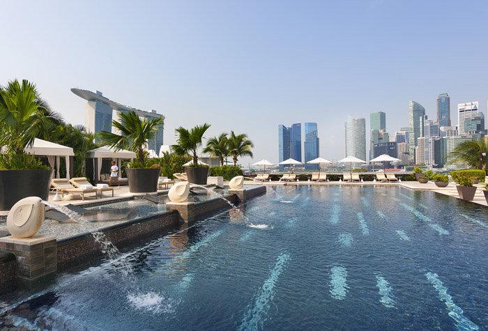mandarin oriental singapur 1 - Un paseo por las mejores piscinas del mundo