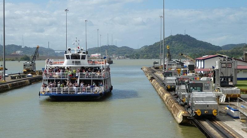 panama exclusa canal - Panamá, del Caribe al Pacífico