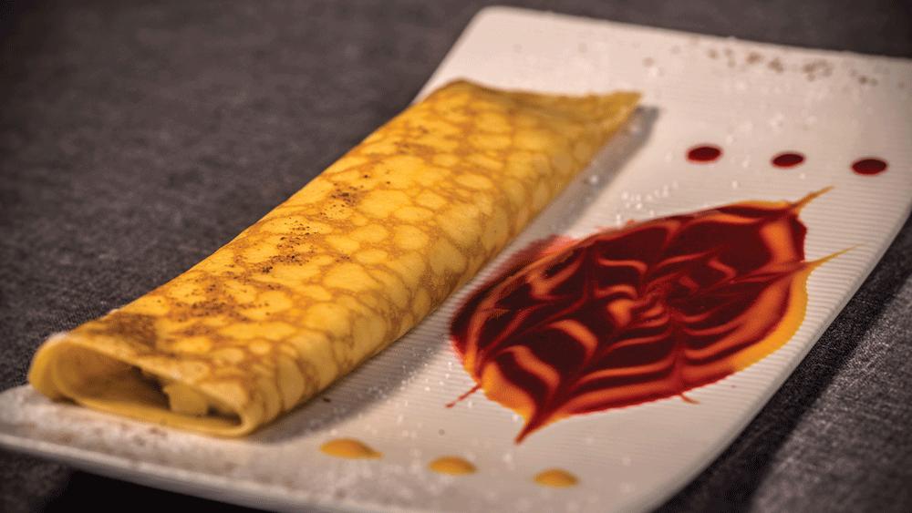 Filloa gallega rellena de Mousse de queso fría - Montes de Galicia, alta gastronomía atlántica