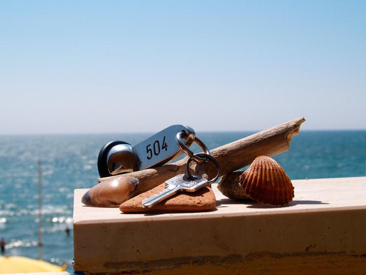 Llaves hotel playa mar. Open Comunicacion - Cómo conseguir que tu viaje sea bueno, bonito y barato