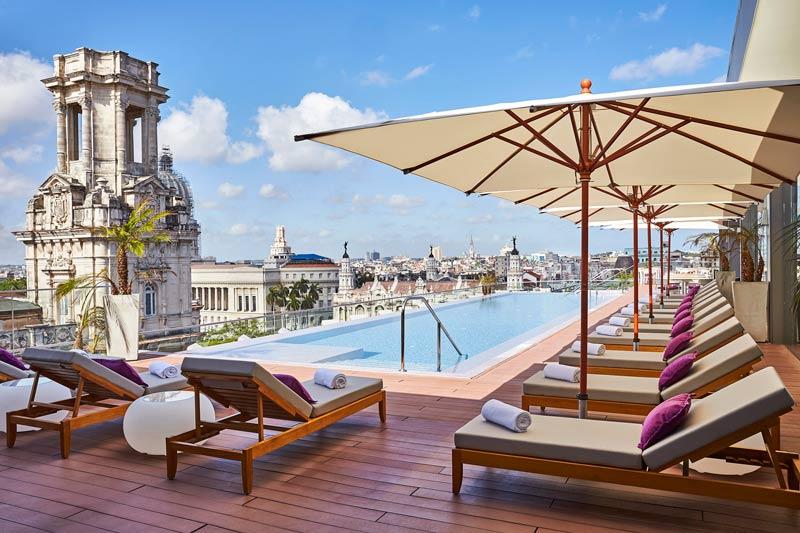 Rooftop pool Gran Hotel Manzana Kempinski 18523 Original - Revista Más Viajes