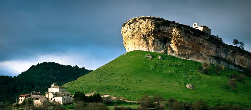 San Pantaleón de losa Burgos - Naturaleza, patrimonio y tradición en la Semana Santa de Burgos
