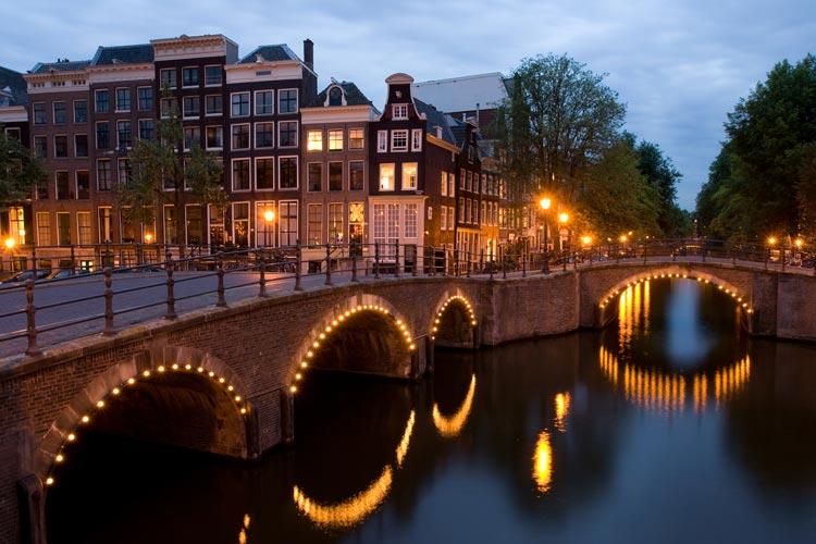 AMSTERDAM 2 - Descubrir el Rin romántico con comidas y bebidas gratis, y otras ventajas