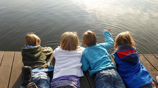 Niños Pixabay viajes urbanos con niños - ¿Viajes urbanos con niños?