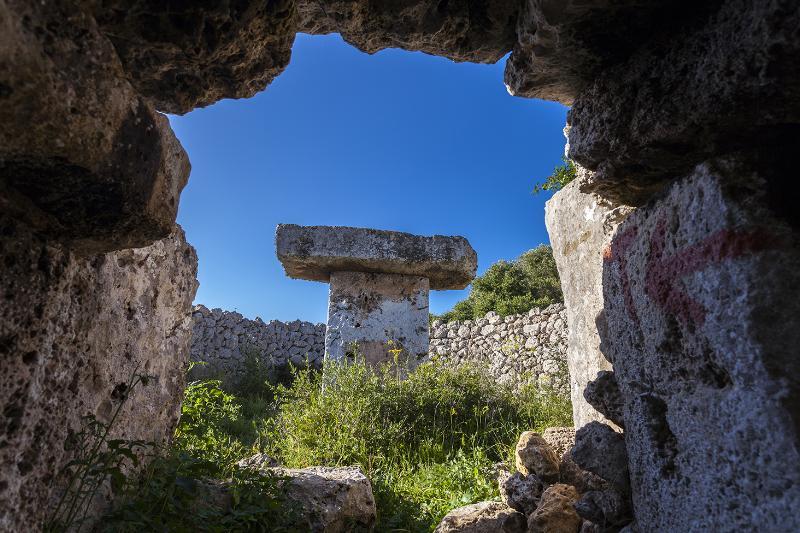 TauladeTorrellisar Menorca talayótica - El patrimonio talayótico menorquín, uno de los más originales de todo el Mediterráneo