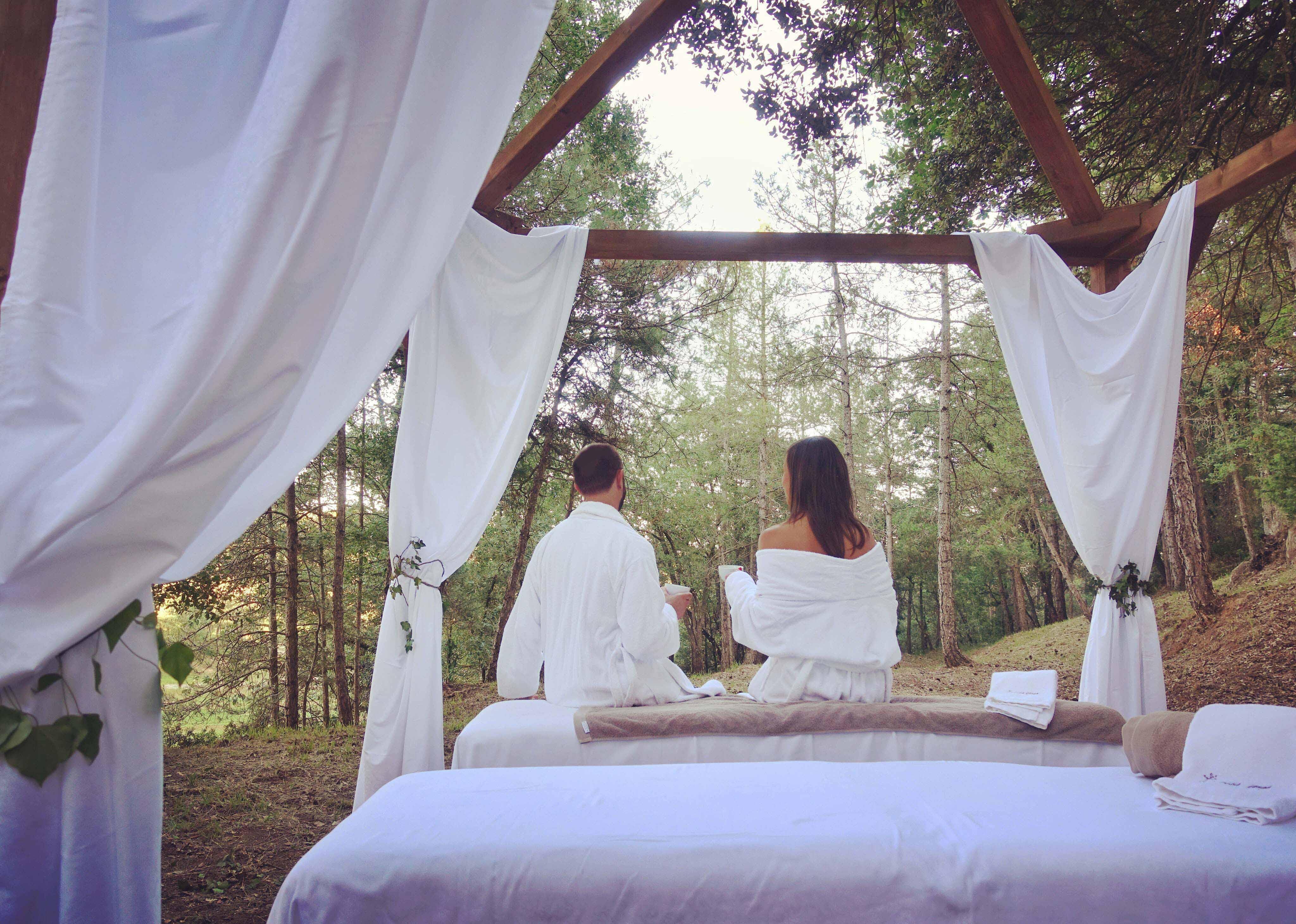 Wellness La Vella Farga 6 b - Masajes en el bosque, la propuesta wellness más natural y revitalizante del hotel La Vella Farga