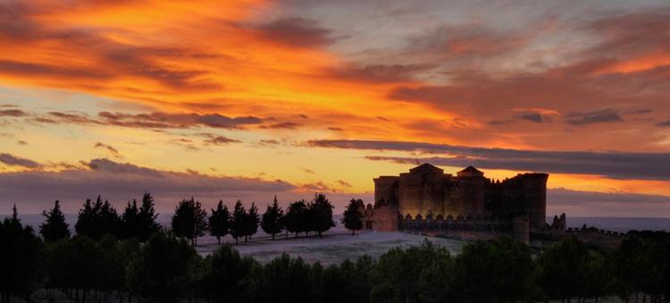 Castillo de Belmonte - Vive en Castillo de Belmonte... ¡una noche terrorífica!