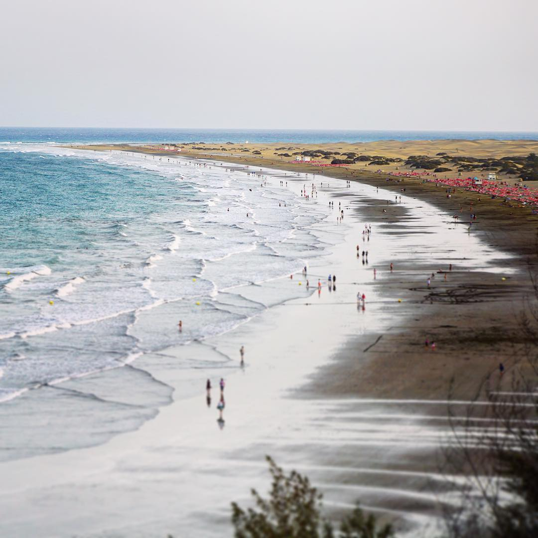 Spain Playa Del Ingles credit btonn - Las 10 playas más populares del mundo en Instagram