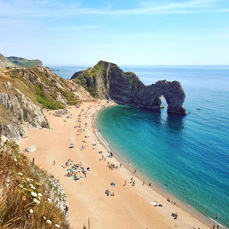 UK Durdle Door Beach credit  bigtone playas instagram - Las 10 playas más populares del mundo en Instagram