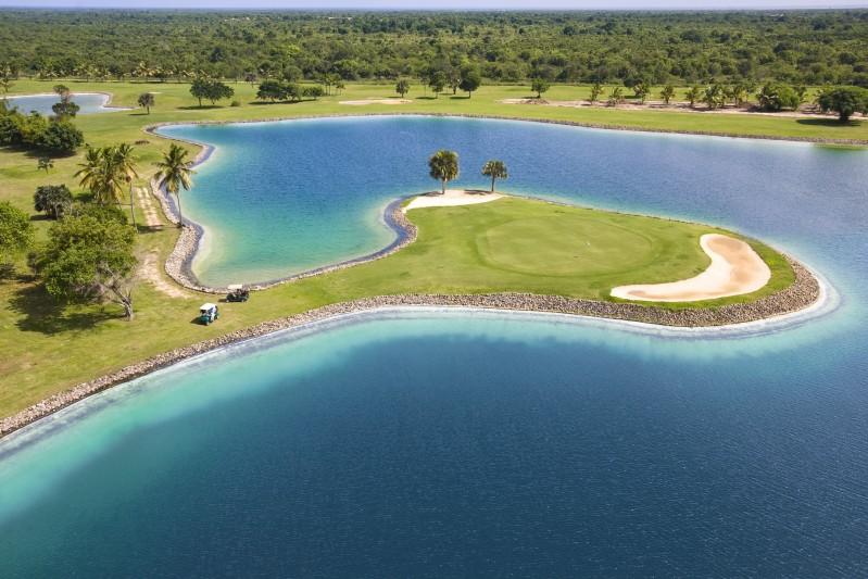 Caribe Golf Club copia - A golpe de swing en República Dominicana
