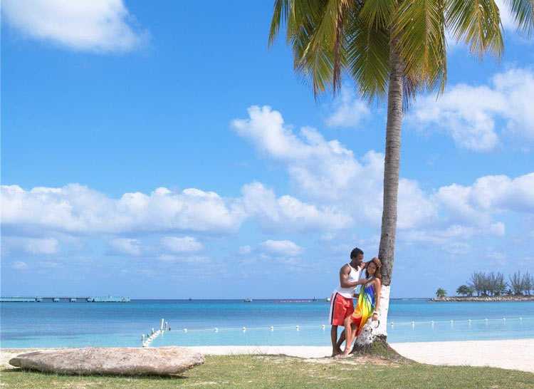 Jamaica Playa Ocho Rios © Jamaica Tourist Board - Jamaica, al ritmo de las palmeras