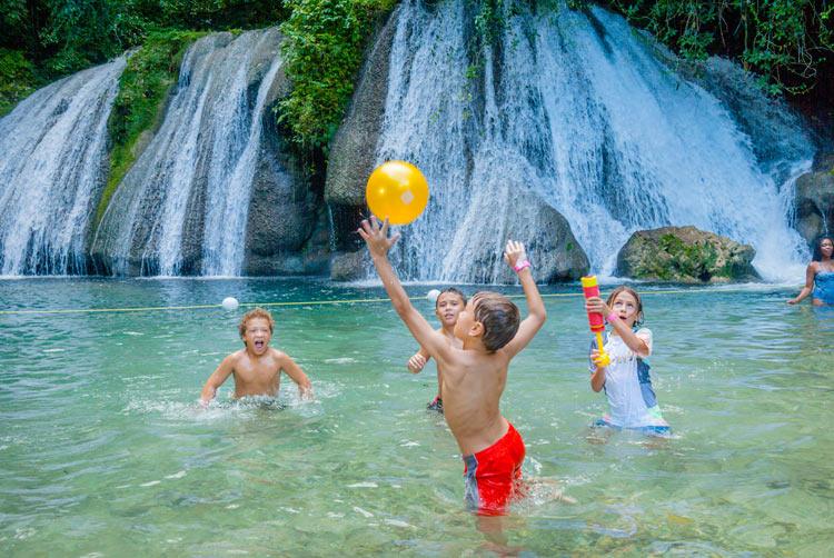 Jamaica Reach Falls cascada © Jamaica Tourist Board - 10 hechos sorprendentes de Jamaica