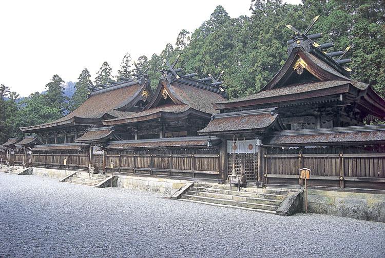 Japón rutas religiosas Kumano Kodo Templo de Hongu equivalente a la Plaza del Obradorio del Kumano Kodo - Las rutas espirituales de Japón