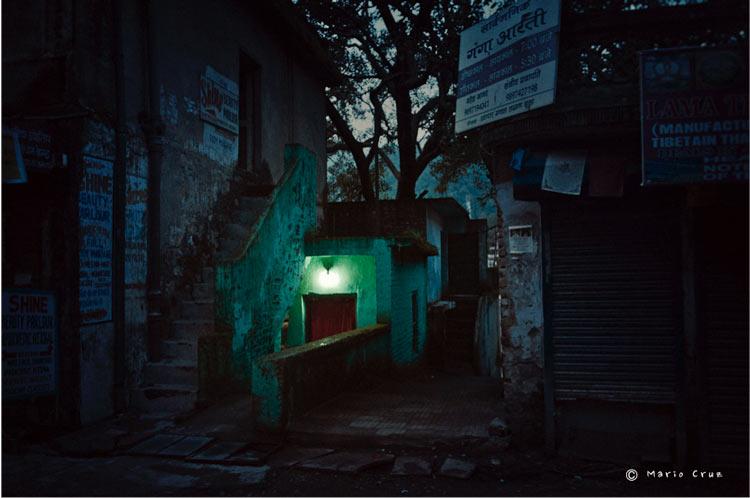 MCC India Bodhgaya Calle de Rishikesh India un viaje de leyenda © Moisés Alonso Manuel Cruz - India, un viaje de leyenda