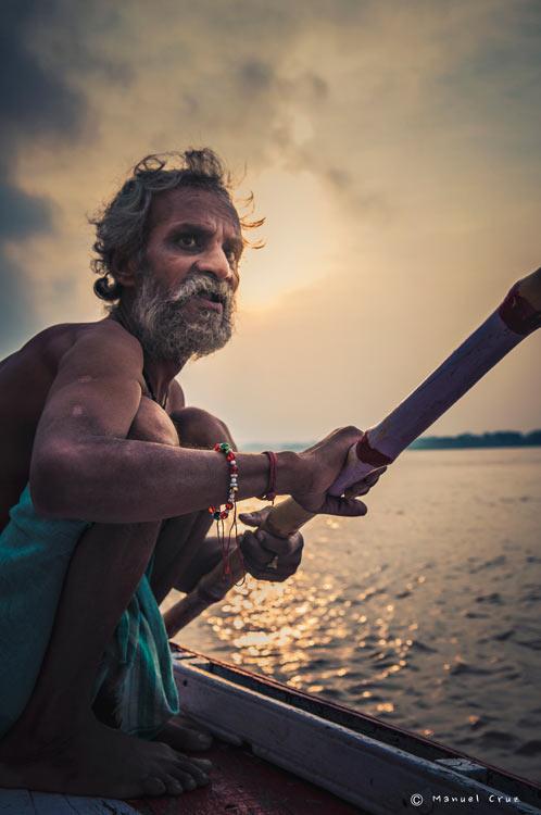 MCC India Varanasi 0124. India un viaje de leyenda © Moisés Alonso Manuel Cruz - India, un viaje de leyenda