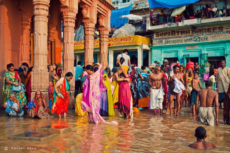 MCC India Varanasi 0158. India un viaje de leyenda © Moisés Alonso Manuel Cruz - India, un viaje de leyenda