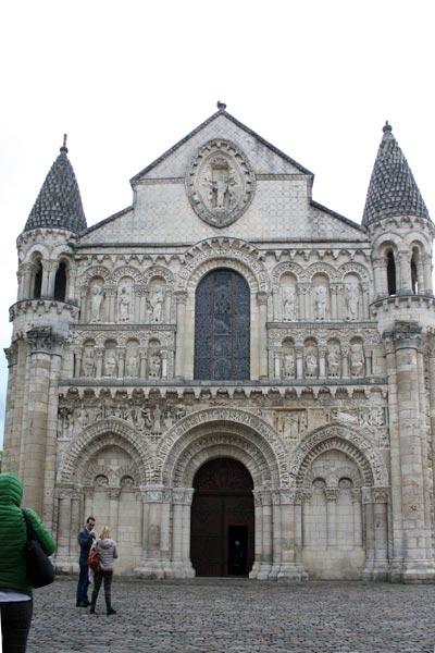 Poitiers 4. Francia. Open Comunicacion - Una escapada perfecta, del pasado en Burdeos al porvenir en Futuroscope