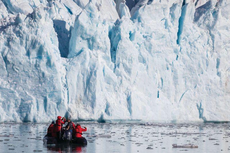 antaric3 - Silversea descubre la auténtica belleza de las dos regiones polares con viajes de expedición extraordinarios.