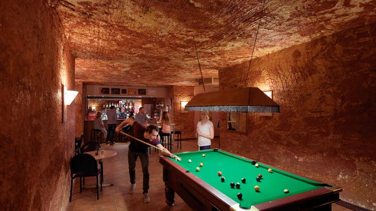 7. Desert Cave Hotel 4 Hoteles singulares del mundo hotelscan opencomunicacion - Los hoteles más singulares del mundo