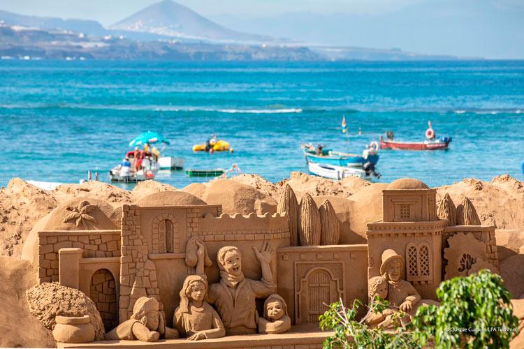 Belén de arena 6 Palmas de Gran Canaria Islas Canarias - Las Palmas de Gran Canaria recibe la Navidad 2018 en la playa con su monumental Belén de Arena