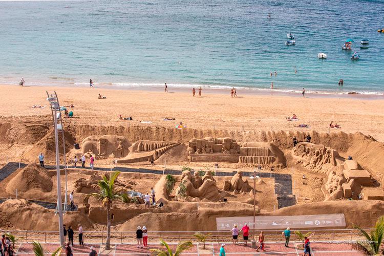 Belen de arena 1 Palmas de Gran Canaria Islas Canarias - Las Palmas de Gran Canaria recibe la Navidad 2018 en la playa con su monumental Belén de Arena