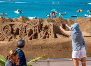 Belen de arena 2 Palmas de Gran Canaria Islas Canarias 300x220 - Revista Más Viajes