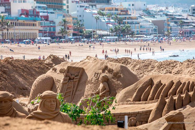 Belen de arena 4 Palmas de Gran Canaria Islas Canarias - Las Palmas de Gran Canaria recibe la Navidad 2018 en la playa con su monumental Belén de Arena