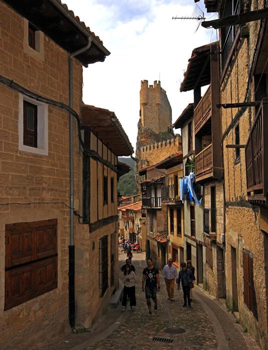 Frias Burgos Castilla y León Calles - Naturaleza y cultura en Frías, una de las ciudades 'guinda' del norte