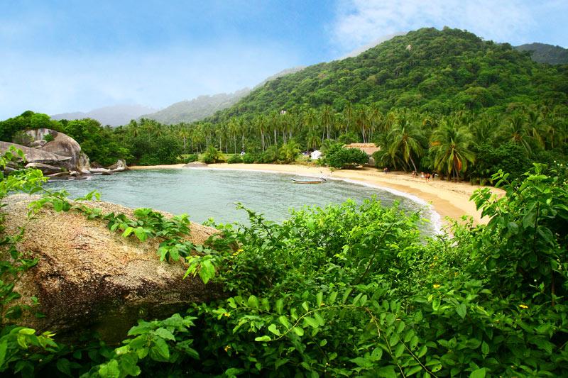 Playa Parque Tayrona Colombia © ProColombia - Colombia llena de cultura y naturaleza FITUR 2019