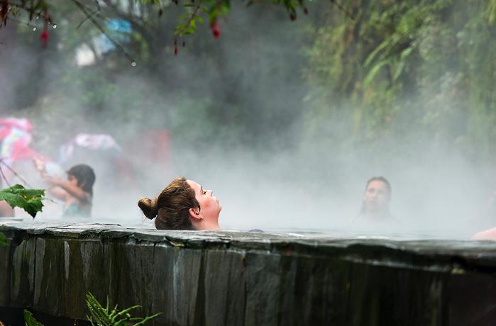 Aguas termales chile - Chile se posiciona como destino wellnes de referencia con más de 270 fuentes termales