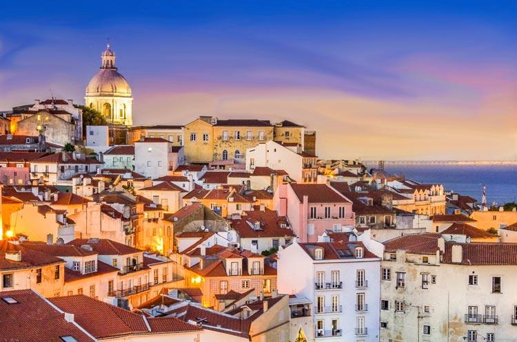 Lisboa Portugal © Flickr - Cinco destinos para decir adiós a la soltería de una forma original