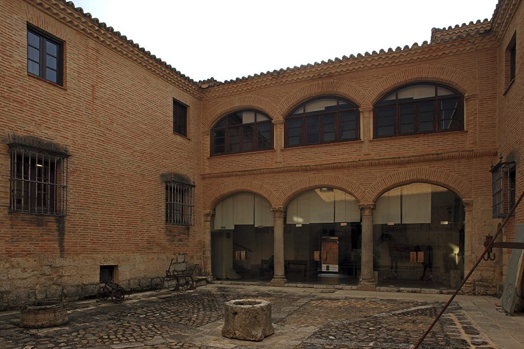 "23 Ruta Monumentalia. Palacio de los Marqueses de Castrillo 1024x683 - Descubre la ciudad de TORO con la ruta ""TORO MONUMENTALIA"""