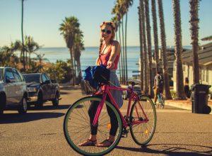 Bicicletta 4 credit Holidu 300x220 - Revista Más Viajes