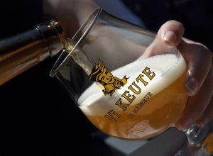 000001051 WBT Emmanuel Mathez Namur Vî Keute beer 1 300x220 - Revista Más Viajes
