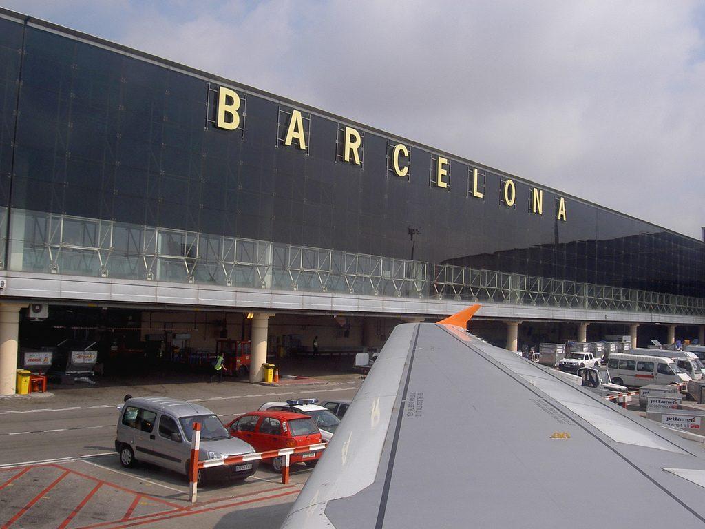 Aeropuerto de Barcelona 1322744358 1024x768 - Cuatro aeropuertos españoles, entre los diez mejores de Europa a nivel de incidencias