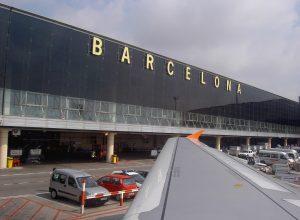 Aeropuerto de Barcelona 1322744358 300x220 - Revista Más Viajes