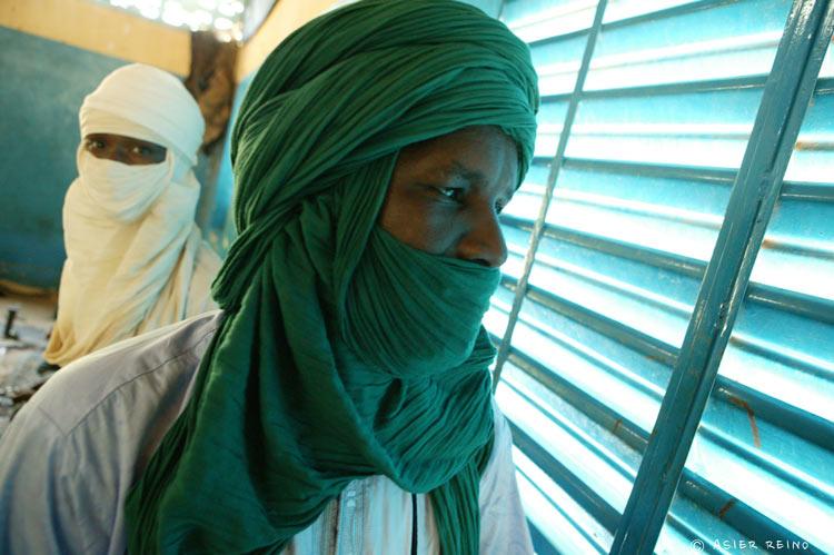 E25W1350 Ruta hacia el Gerewol Niger Tribus del Mundo © Asier Reino - Ruta hacia el Gerewol