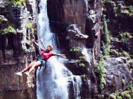 Graskop Swing Turismo de Sudáfrica 2 puenting salto 260x195 - Revista Más Viajes