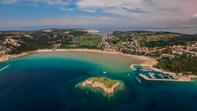 Isla de Rab Lopar – © Ivo Biocina – Fuente CNTB - Croacia y sus increíbles playas, un recorrido veraniego