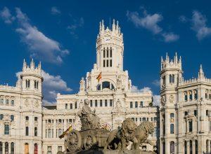 Madrid crédito Pixabay 2 300x220 - Revista Más Viajes