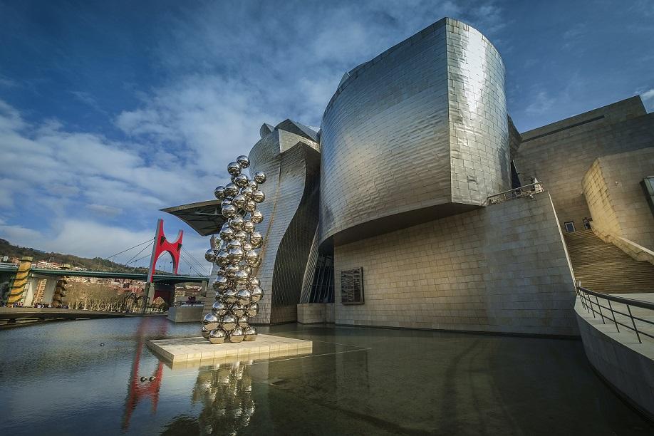 Museo Guggenheim Bilbao 3 - Cuatro ciudades españolas entre las preferidas por los viajeros para visitar museos