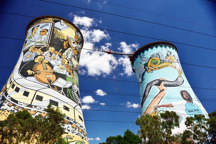 Orlando Towers Turismo de Sudáfrica puenting salto - Haciendo puenting en Bloukrans Bridge Bungy, el salto más alto del mundo